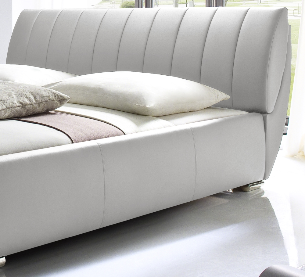 bett futonbett leder sandro weiss pictures to pin on pinterest. Black Bedroom Furniture Sets. Home Design Ideas