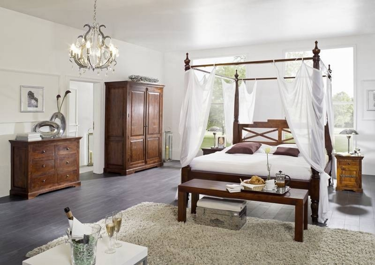 - Wooden Four-poster Bed 180x200 Cm Made Of Acadia Wood Nougat Or