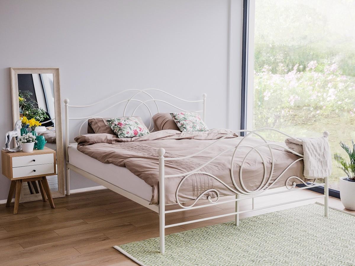 metallbett 80x200 great starke metallbett x cm kupfer with metallbett 80x200 trendy schwarzes. Black Bedroom Furniture Sets. Home Design Ideas